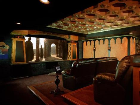 themed-home-theaters-6-Lord-of-the-Rings-home-theater_lg