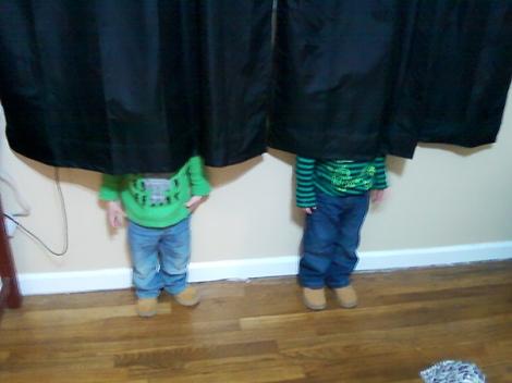 hide-and-seek-funny-kids-13