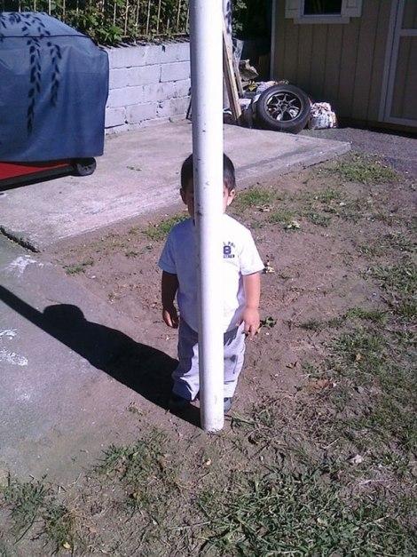 hide-and-seek-funny-kids-23