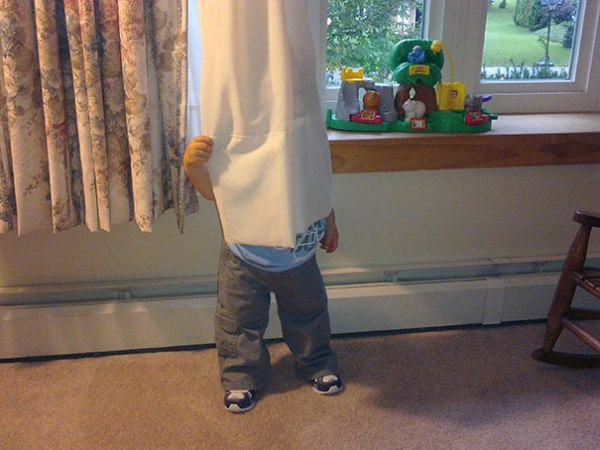 hide-and-seek-funny-kids-6