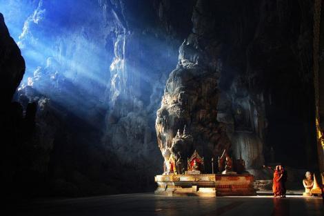 amazing-caves-7